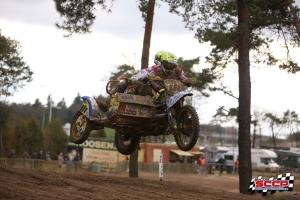 Team Willemsen laat al een goede basis zien in zijspan seizoensopener