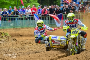 Willemsen/Bax pakken manchezege in GP zijspancross in Tsjechie